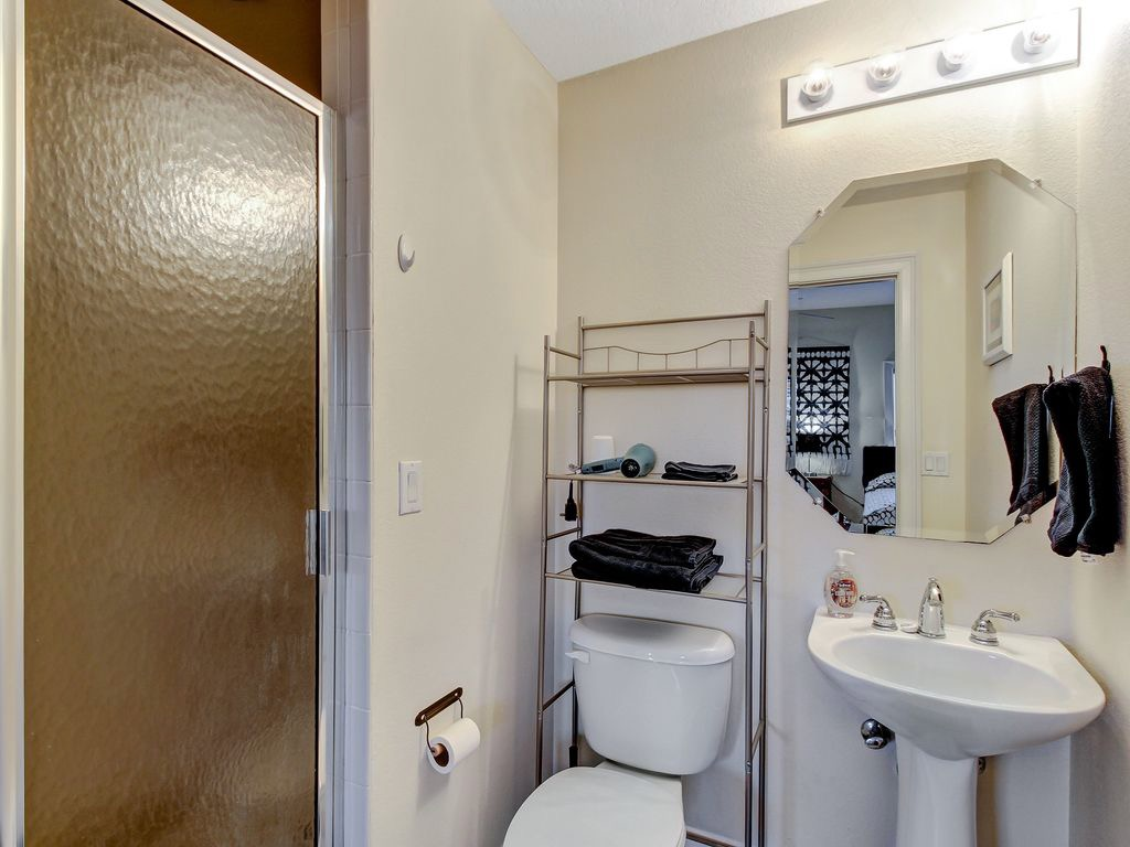 Bathroom en suite in double/twin room
