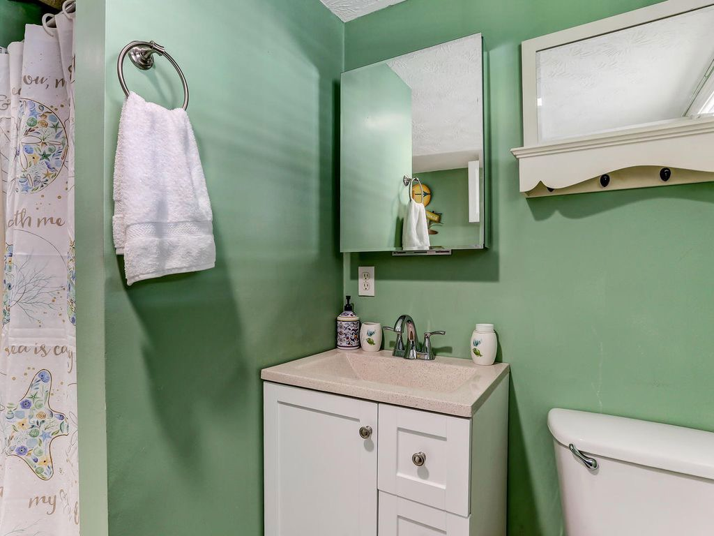 Downstairs bathroom with walk-in shower - convenient for the