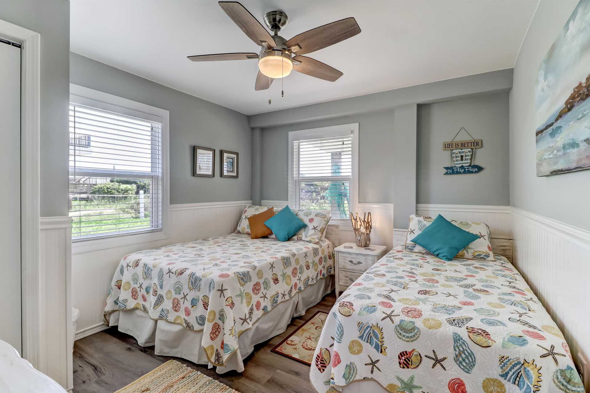 Ground floor bedroom with 1 full and 1 twin bed